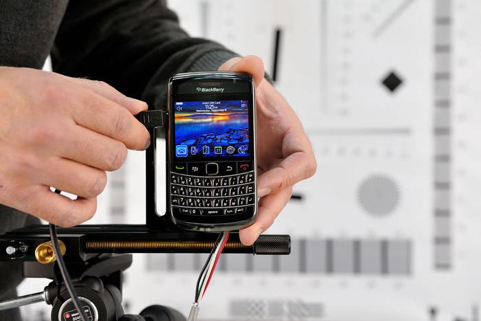 Vorbereitung des BlackBerry Bold 9700 für einen Kameratest