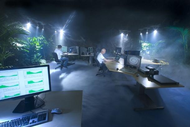 """Das Stockholmer 'Pionen White Mountains Data Center' gehört dem schwedischen Internet Service Provider <a href=""""http://de.wikipedia.org/wiki/Bahnhof_AB"""" target=""""_blank"""">Bahnhof AB</a>. Es liegt in einem Atombunker, der in den 70er Jahren für die Regierung errichtet wurde. Von 2006 bis 2008 wurde der Bunker für Bahnhof AB umgebaut. Das Rechenzentrum gelangte kürzlich zu Bekanntheit weil durchsickerte, dass dort Wikileaks-Daten gehostet werden (Bild: Bahnhof AB)."""