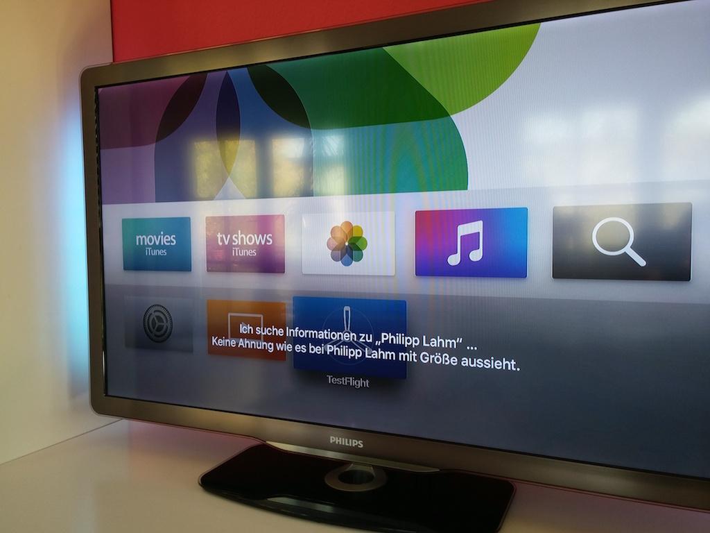 Wie groß Philip Lahm ist, weiß Siri auf dem iPhone, aber nicht auf dem Apple TV. <br> (Bild: ZDNet.de)