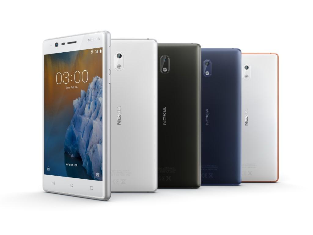 """<b>Nokia 3</b><br> Neben dem Nokia 6 und 5 haben die Finnen mit dem Nokia 3 ein weiteres Smartphone auf dem MWC vorgestellt. Es verfügt über ein 5,0 Zoll großes IPS-Display mit einer Auflösung von 1280 x 720 Pixeln. Die Helligkeit soll bei 450 nits liegen. Angetrieben wird es von einem 1,3 GHz schnellen MTK 6737 mit vier Kernen. Als Arbeitsspeicher stehen 2 Gigabyte RAM zur Verfügung. Der interne Speicher ist 16 GByte groß und kann mit einer microSD-Karte um bis zu 128 GByte erweitert werden. Der integrierte Akku bietet eine Kapazität von 2650 mAh. Haupt- und Frontkamera bieten jeweils eine Auflösung von 8 Megapixeln. Das Einsteiger-Nokia soll im zweiten Quartal zu einem Preis on 139 Euro angeboten werden.</br> Weitere Infos: <a href=\""""http://www.zdnet.de/88288643/mwc-nokia-zeigt-android-smartphones-nokia-3-und-5-sowie-neuauflage-des-3310/\"""" target=\""""_blank\"""">Nokia 3</a>"""