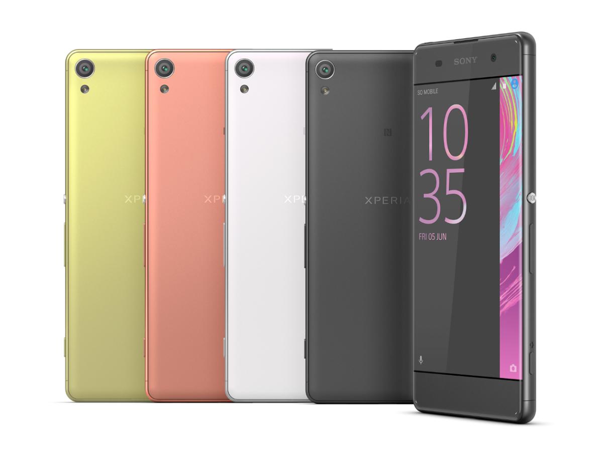 """Sony stellte in Barcelona die Smartphone-Reihe X vor. Sie besteht aus drei 5-Zoll-Modellen, von denen das Oberklassegerät <a href=\""""http://www.zdnet.de/88260721/mwc-sony-stellt-android-smartphone-reihe-xperia-x-vor/\"""">Xperia X</a> und das Mittelklassemodell Xperia XA in Deutschland auf den Markt kommen sollen. Beim Xperia XA löst der Bildschirm 1280 mal 720 Pixel auf. Das Smartphone kommt mit dem Achtkern-Chip Helio P10 von MediaTek (MT6755) und einer Mali-T860-GPU. An Arbeitsspeicher sind 2 GByte RAM und 16 GByte Storage verbaut. Als Betriebssystem dient Android 6.0, das Sony wie üblich um seine eigene Benutzeroberfläche erweitert. Das Xperia XA soll 300 Euro kosten (Bild: Sony)."""