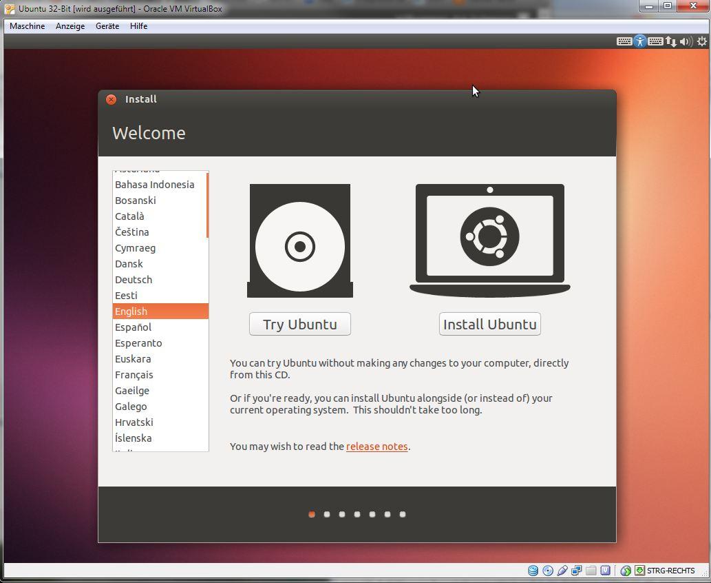 """Die Entwickler der Linux-Distribution <a href=\""""http://downloads.netmediaeurope.de/3871/ubuntu-13-04/\"""" target=\""""_blank\"""" title=\""""Download Ubuntu 13.04\"""">Ubuntu</a> haben die finale Fassung von Version 13.04 (Codename """"Raring Ringtail"""", zu deutsch etwa """"erwartungsfrohes Katzenfrett"""") zum Download freigegeben. Sie liegt als 32- und 64-Bit-Version für Desktop-PCs und für Server als 64-Bit vor. Aus Kompatibilitätsgründen steht Nutzern mit einem PC, der das Windows-8-Logo trägt oder über ein UEFI-BIOS verfügt, nur die 64-Bit-Version zur Auswahl. Versierte Anwender können aber im BIOS des Rechners nachsehen, ob sie UEFI ausschalten und stattdessen das Compatibility Support Module (CSM) aktivieren. Dann lässt sich auch die 32-Bit-Variante nutzen. Es ist aber auch möglich, Ubuntu unter der Virtualisierungslösung <a href=\""""http://downloads.netmediaeurope.de/3200/virtualbox-fuer-windows/\"""" target=\""""_blank\"""" title=\""""Download Virtualbox für Windows\"""">Virtualbox</a> zu installieren. Für volle Performance müssen zusätzlich die Gast-Erweiterungen eingebunden werden (Strg + G, Zusatzpakete). Anschließend fügt man die Ubuntu-ISO als CD-Laufwerk. Jetzt startet man die Installation. Standardmäßig ist Englisch als Sprache voreingestellt."""