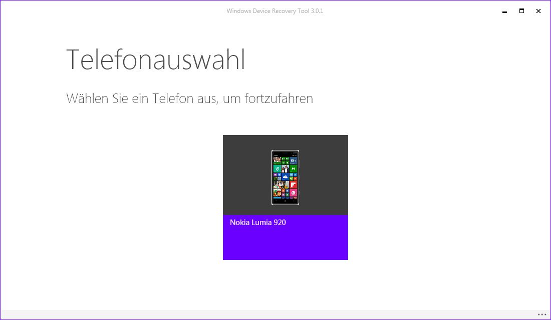 """Microsoft hat <a href=\""""http://www.zdnet.de/88252334/\"""" target=\""""_blank\"""">Windows 10 Mobile Build 10586</a> veröffentlicht. Es enthält zahlreiche Fehlerkorrekturen sowie Verbesserungen. <br> Für die Installation des jüngsten Builds empfiehlt Microsoft, das Gerät mit Windows Device Recovery Tool zunächst auf  Windows Phone 8.1 zurückzusetzen und anschließend das Upgrade durchzuführen. Wie das funktioniert, zeigt die folgende Bilderstrecke aus Basis von Build 10549. Nach dem Zurücksetzen auf Windows Phone 8.1 müssen Anwender zunächst aktuelle Updates einspielen und anschließend die Windows-Insider-App aus dem Store installieren und den Fast-Track-Modus aktivieren. Über Einstellungen - Update und Sicherheit - Handy Update taucht dann die Version 10586 auf. Sie wird automatisch heruntergeladen und anschließend installiert. Nach der Installation sollte man das Smartphone über Einstellungen - System - Info zurücksetzen. Der komplette Vorgang inklusive Downgrade dauert einige Zeit. <br> Das Downgrade auf Windows Phone 8.1 wird durch das <a href=\""""http://go.microsoft.com/fwlink/?LinkID=525569\"""" title=\""""Windows Device Recovery Tool 3.0.1\"""" target=\""""_blank\"""">Windows Device Recovery Tool</a> (früher Windows Phone Recovery Tool) ermöglicht. Das 2,1 MByte große Setup-Tool installiert das Programm unter C:\\Program Files (x86)\\Microsoft Care Suite. Insgesamt belegt es 6 MByte. Nach dem Aufruf von Windows Device Recovery listet das Tool das mit dem PC per USB-Kabel verbundene Smartphone auf. Mit einem Klick auf das Telefon ..."""
